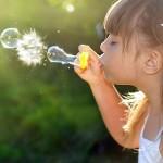 girl_lips_face_soap_bubbles